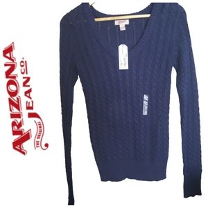 ARIZONA Cable knit V-neck fitted sweater